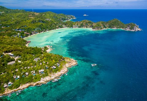 Koh Tao beaches and bay — Chalok Baan Kao Bay