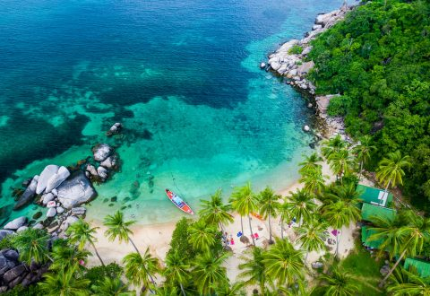 Koh Tao beaches and bays — Sai Nuan Beach