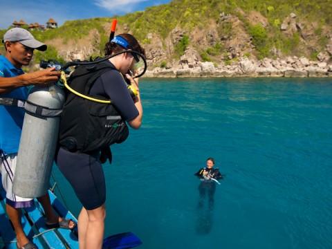เรียนดำน้ำสกูบา Open Water Scuba Diver ที่เกาะเต่า