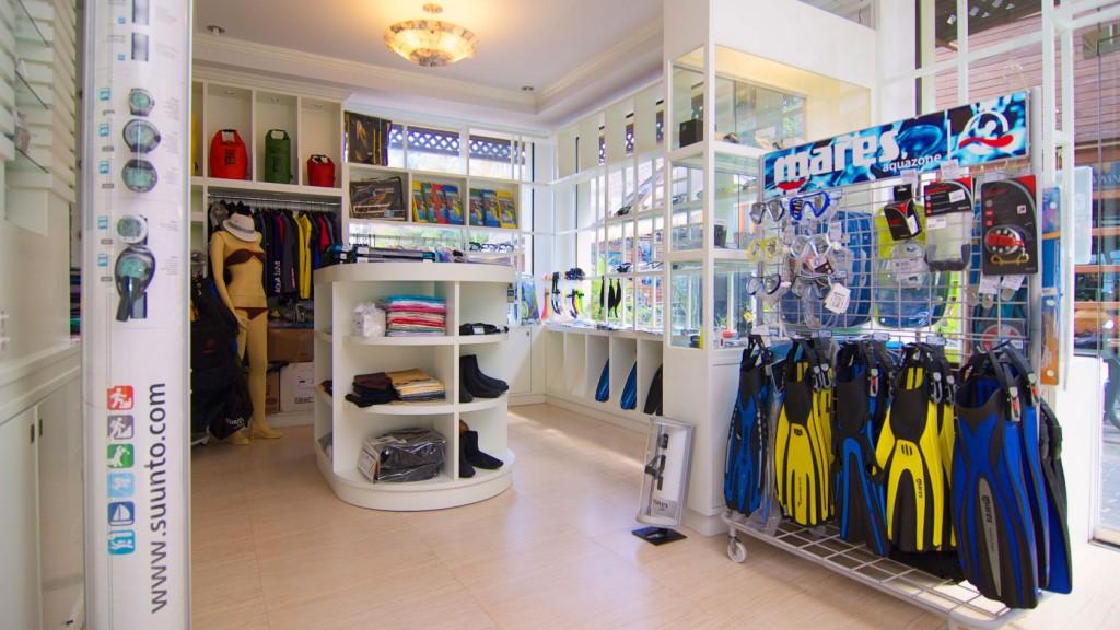 Koh Tao shopping diving equipments