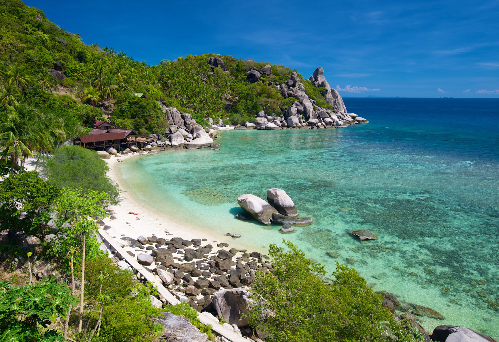 Freedom beach koh tao koh tao a complete guide for Hotels koh tao