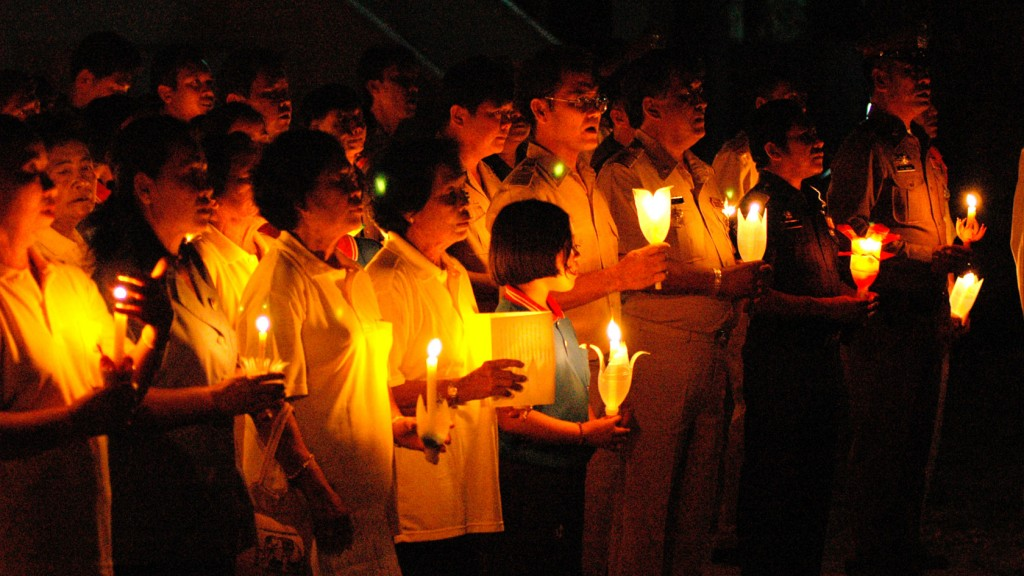 The candle lighting ceremony on King's Birthday