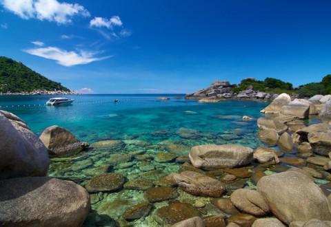 อ่าวหินวง ชายหาดของเกาะเต่า