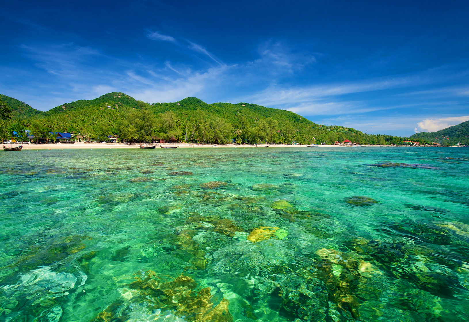 Sairee beach koh tao koh tao a complete guide for Hotels koh tao