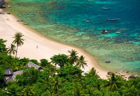 อ่าวโตนด ชายหาดของเกาะเต่า