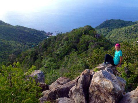 Koh Tao hiking to Tanote peak