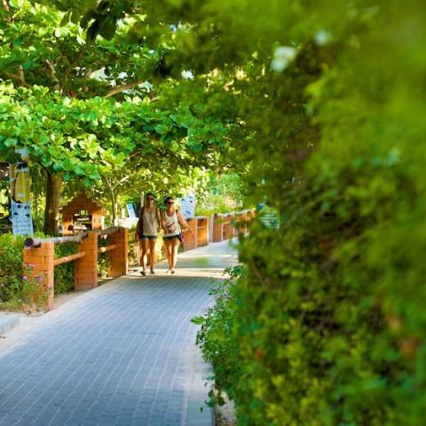 Sairee Beach brick road