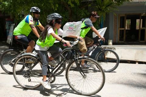 ปั่นจักรยานที่เกาะเต่า