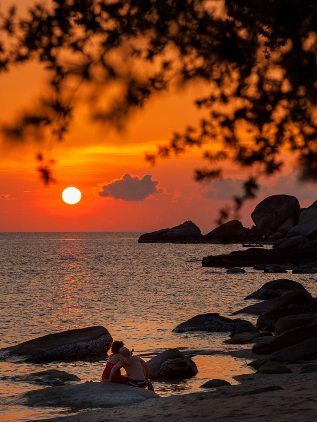 Sunset at June Juea Bay, Koh Tao