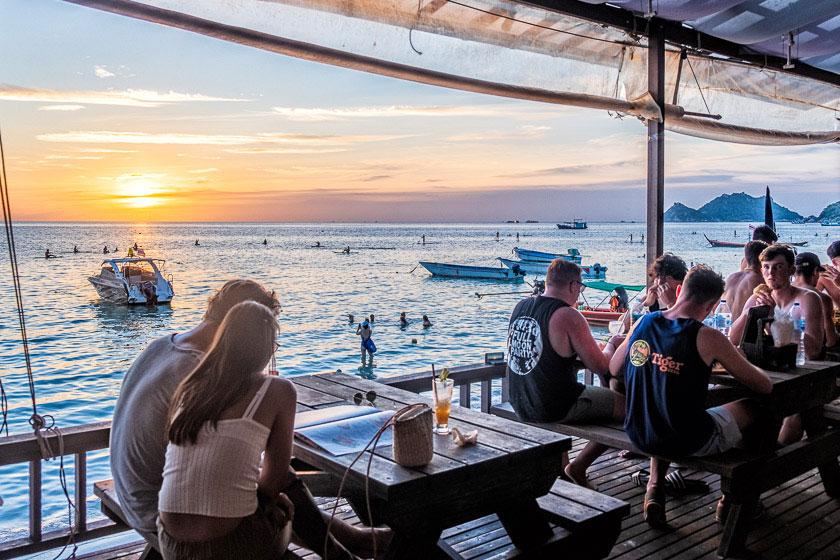 Bans Diving Resort, Koh Tao - Beachfront Restaurant