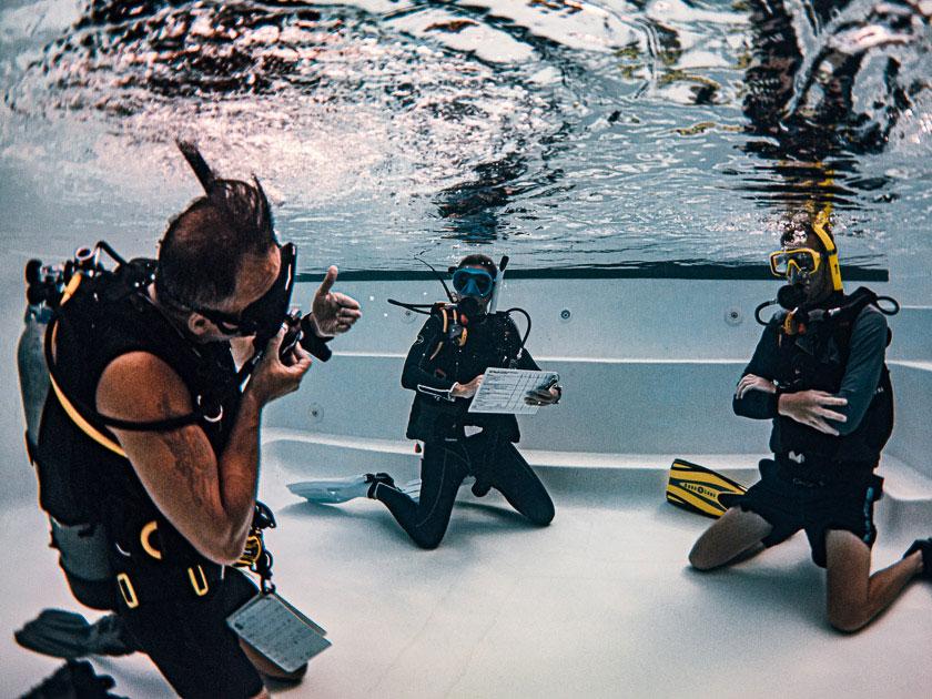 Bans Diving Resort, Koh Tao - Diving Instructor Course
