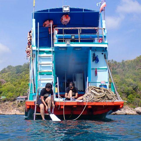 เรือสอนฟรีไดฟ์ของโรงเรียน Big Bubble เกาะเต่า