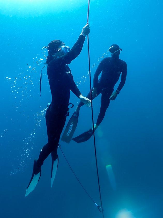 เรียนฟรีไดฟ์ที่เกาะเต่า ฝึกในทะเล